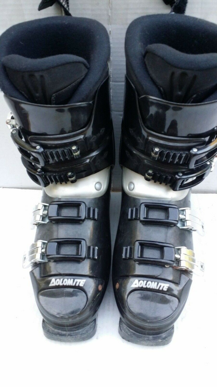 Dolomite FX 1 Downhill  Ski Boots Size 250 – 275  here has the latest