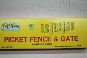 Atlas  776 HO Fence /& Gate Kit  Free Shipping New