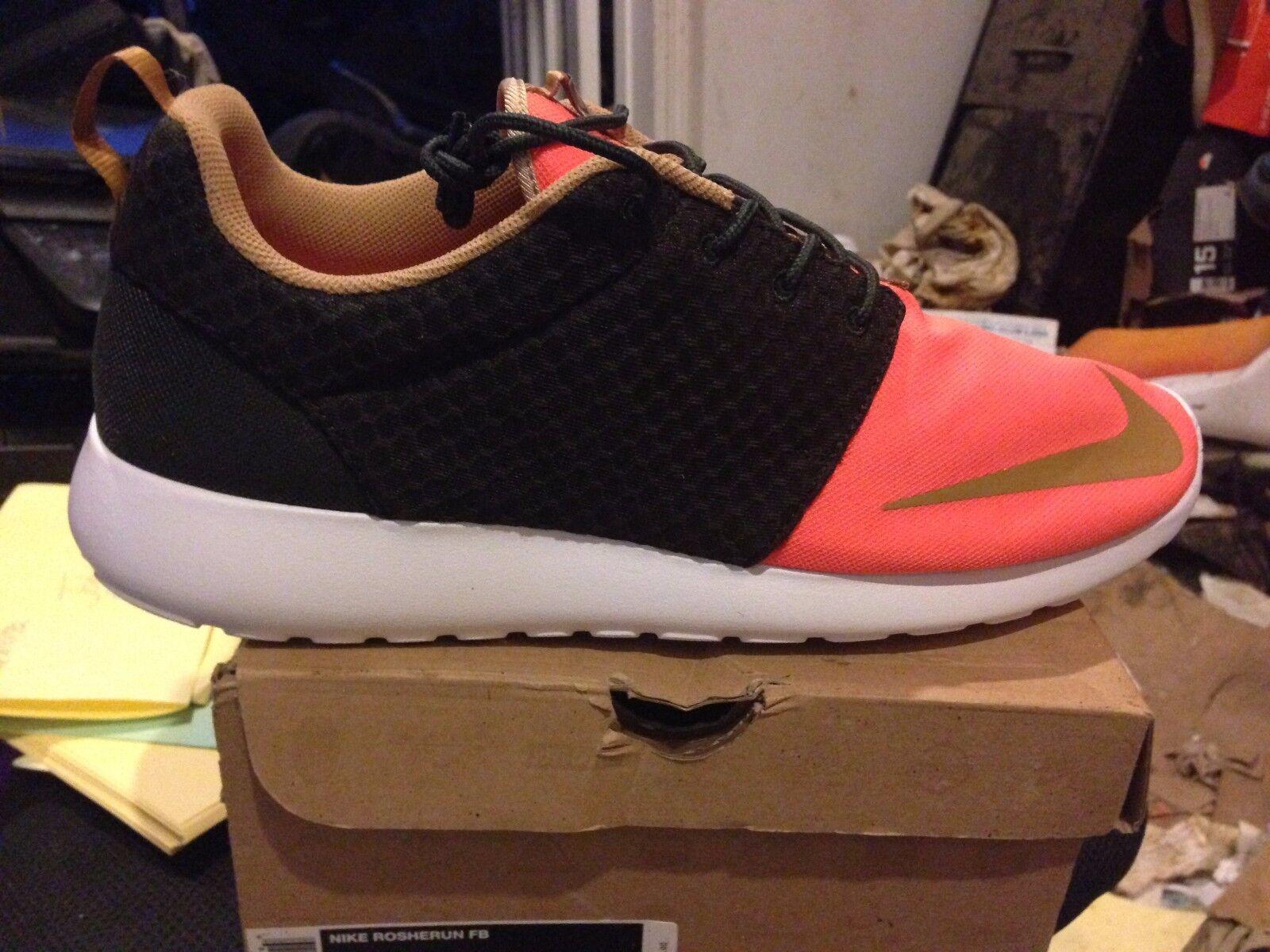 Nike rosherun fb bnib oro / / oro org / verde / - numero 15 d7f92b