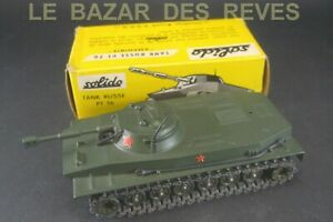 SOLIDO FRANCE. Tank Russe PT 76.  REF: 207. + Boite. (6 galets )