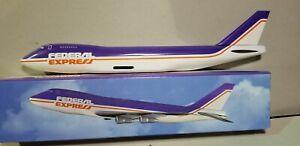 FLIGHT-MINATURE-FEDERAL-EXPRESS-OC-747-200F-1-250-SCALE-PLASTIC-SNAPFIT-MODEL
