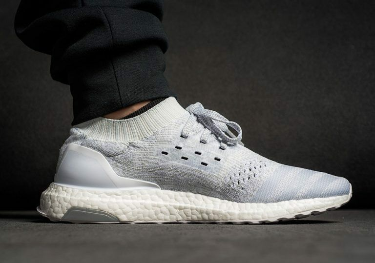 Adidas Ultra Boost Uncaged LTD Triple Crystal White Size 8.5. BB0773 Yeezy NMD