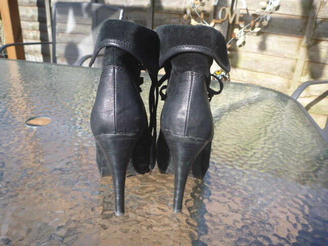 RUSSELL & BROMLEY BOOTS SIZE UK 3 BLACK LEATHER LADIES BOOTS BROMLEY HEELS 4