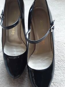 Russell-amp-Bromley-Black-Patent-Heels-Shoes-in-Size-4-37-VGC