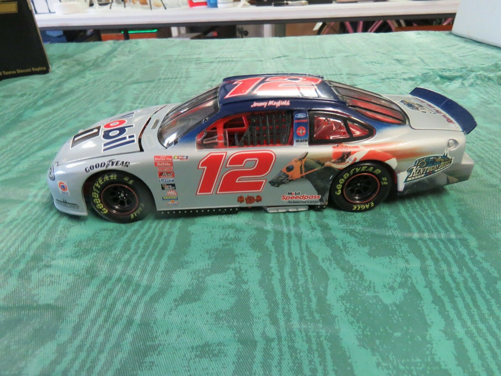 Nascar 1 24 Scale Die Cast Team Caliber  Jeremy Mayfield Mobil 1 Limited