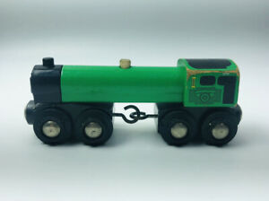 2001-BRIO-33645-WOODEN-GREEN-ENGINE-TRAIN-Magnetic-Thomas-Compatible
