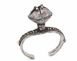 Antique-TIMOR-Indonesian-Sterling-Silver-CHILD-039-S-RATTLE-Dance-Bracelet-SMALL
