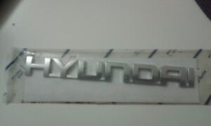 HYUNDAI Genuine 86320-25500 Emblem