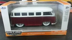 BIG-TIME-MUSCLE-039-62-VOLKSWAGEN-BUS-1-32-DIE-CAST-METAL