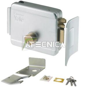 Elettroserratura-verticale-per-cancelli-12V-YALE-68060-ambidestra-con-riscontro