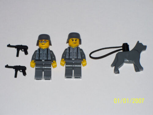 Lego 2 Minifig WW2 German Troopers with Weapons /& Patrol Dog