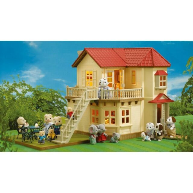 SYLVANIAN FAMILIES BEECHWOOD HALL DOLL HOUSE WITH WORKING LIGHTS 4531