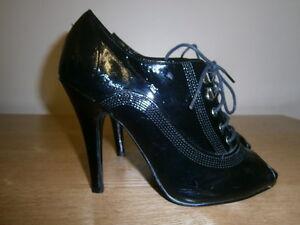 Barratts-womens-open-toe-black-leather-heels-size-6