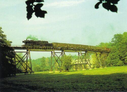 Güterzugdampflokomotive 52 1438 mit Güterzug auf Mühlengrundviadukt Postkarte