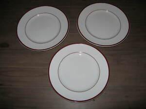 3-Williams-Sonoma-BRASSERIE-MAROON-Dinner-Plates