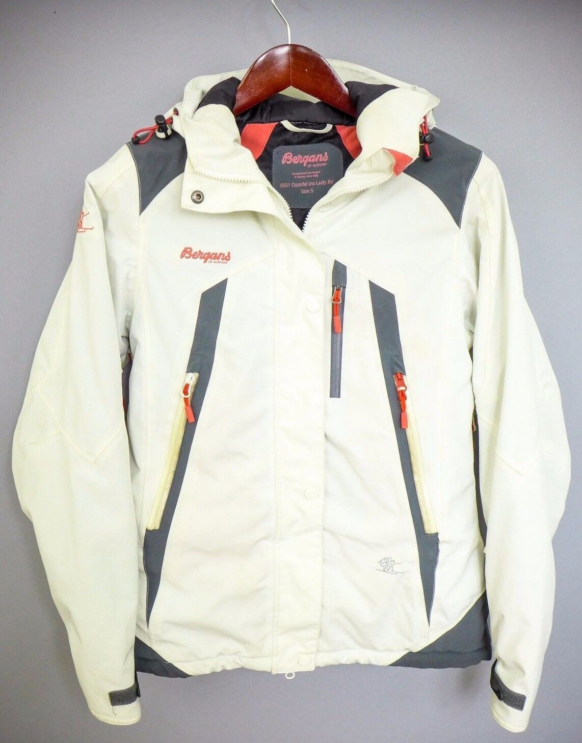 XII323 Mujer Bergans Of Norway 5021 Oppdal Snowboard Esquí CHAQUETA S10