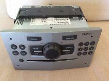 AUTORADIO GRUNDIG DELPHI CON RADIO CD E MP3