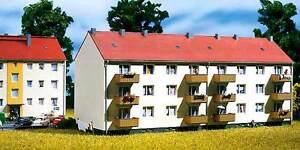 Auhagen-TT-13316-Maison-multifamiliale-avec-Balcon-Kit-de-montage