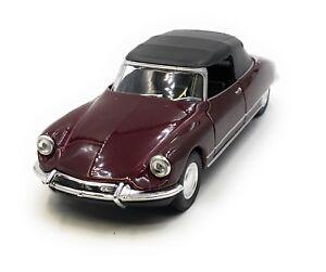 Maquette-de-Voiture-Citroen-DS-19-Ancienne-Rouge-Vin-Auto-1-3-4-39-Licence