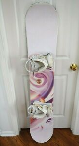 AWESOME-WOMEN-SNOWBOARD-SIZE-132-CM-WITH-SMALL-BINDINGS