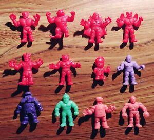 M-U-S-C-L-E-men-12-Figures-Lot-with-Red-Announcer-162