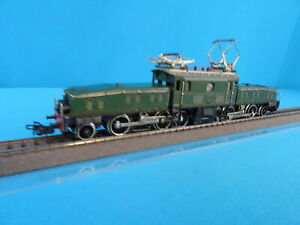 Marklin-3015-SBB-CFF-Electric-Locomotive-Br-CE-6-8-Krokodil-Green-vers-10-OVP