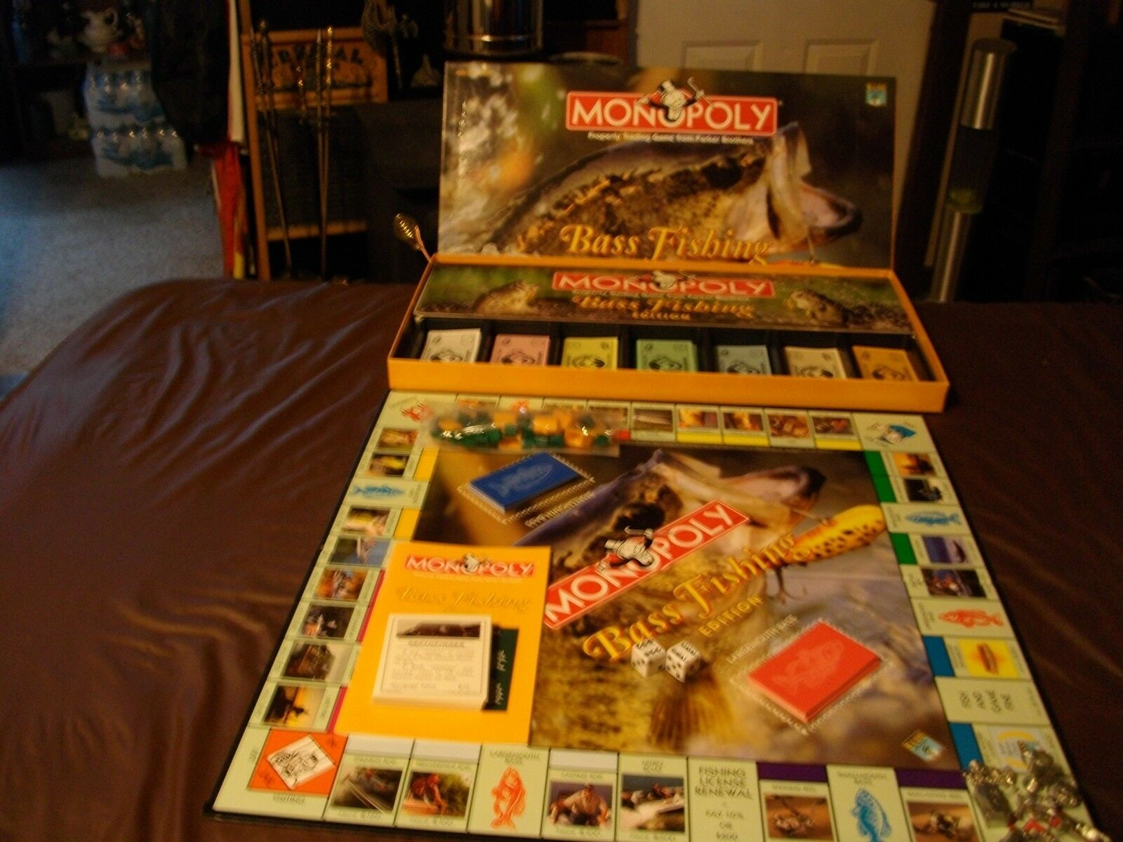 Monopoly BASS Fishing Edition(B.A.S.S.)BASS ANGLERS SPORTSMAN SOCIETY (1998)