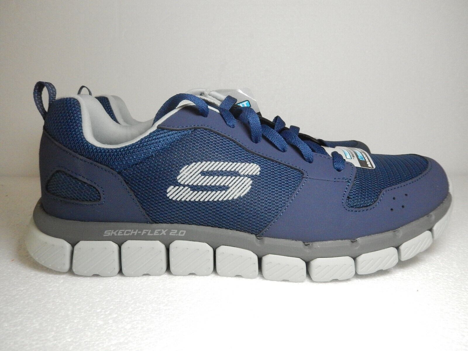 SKECHERS Relaxed Fit Air Cooled Memory Foam Sneakers 52618 bluee Men's Size 11