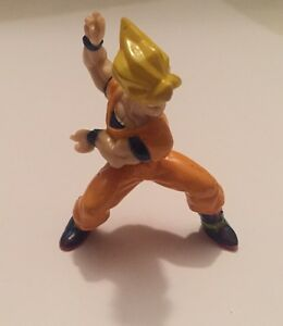 "1989 Dragon Ball Z 2"" PVC Mini Figure: Super Saiyan Goku: Action Pose"