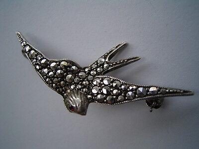 Wunderschöne Jugendstil Brosche Schwalbe Markasite Silber 935