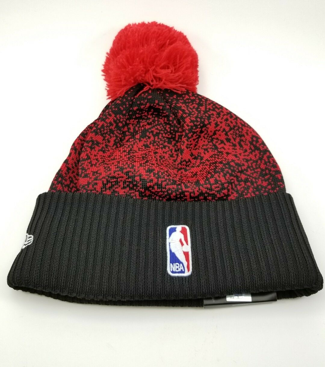 495e978cf Era NBA Bobble Toronto Raptors 2017 on Court Sports Knit Sideline Beanie Hat
