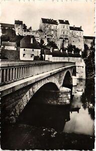 CPA-Pesmes-Le-Chateau-et-le-Pont-sur-l-039-Ognon-636509