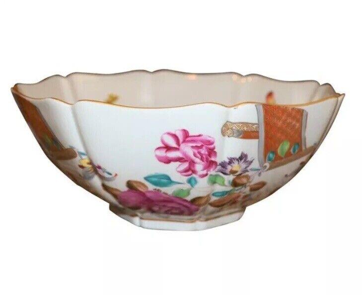 Mottahedeh 9.5  Vista Alegre Lowestoft rose papillon Serving Bowl