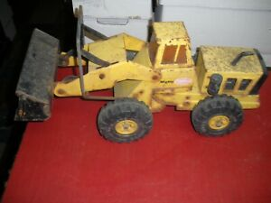 Tonka-Might-Loader-Pressed-Steel-Front-Loader-1970-039-s-20-034-X-8-034-X-10-034-Tall