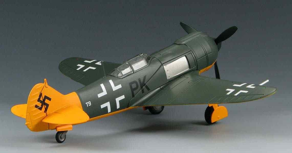 Skymax SM2003 - Lavochkin LA-5FN  Captured , Stendal, 1945