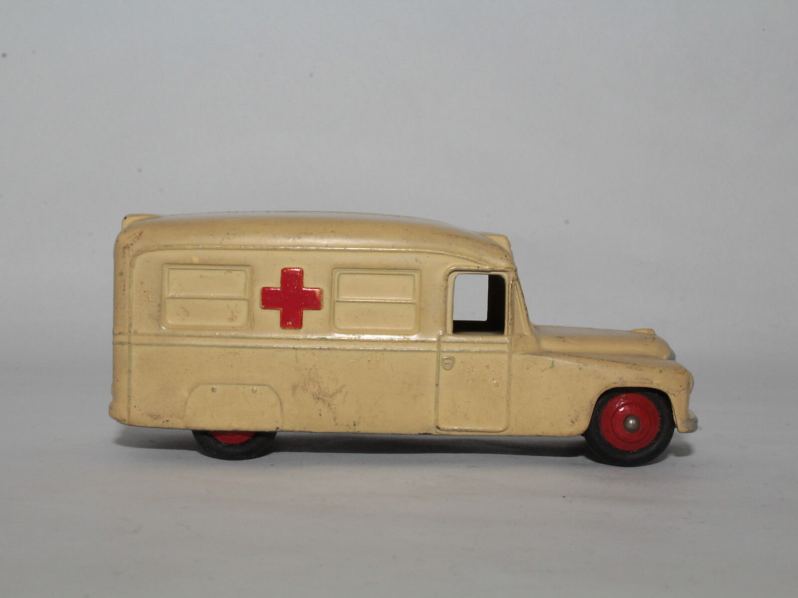 DINKY TOYS No. 253 DAIMLER AMBULANZA AMBULANZA AMBULANZA MECCANO LTD. - NO BOX [OR3-61] 2d9414