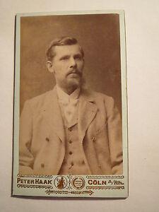 Koeln-Heinrich-Baron-als-Mann-mit-Bart-Portrait-CDV