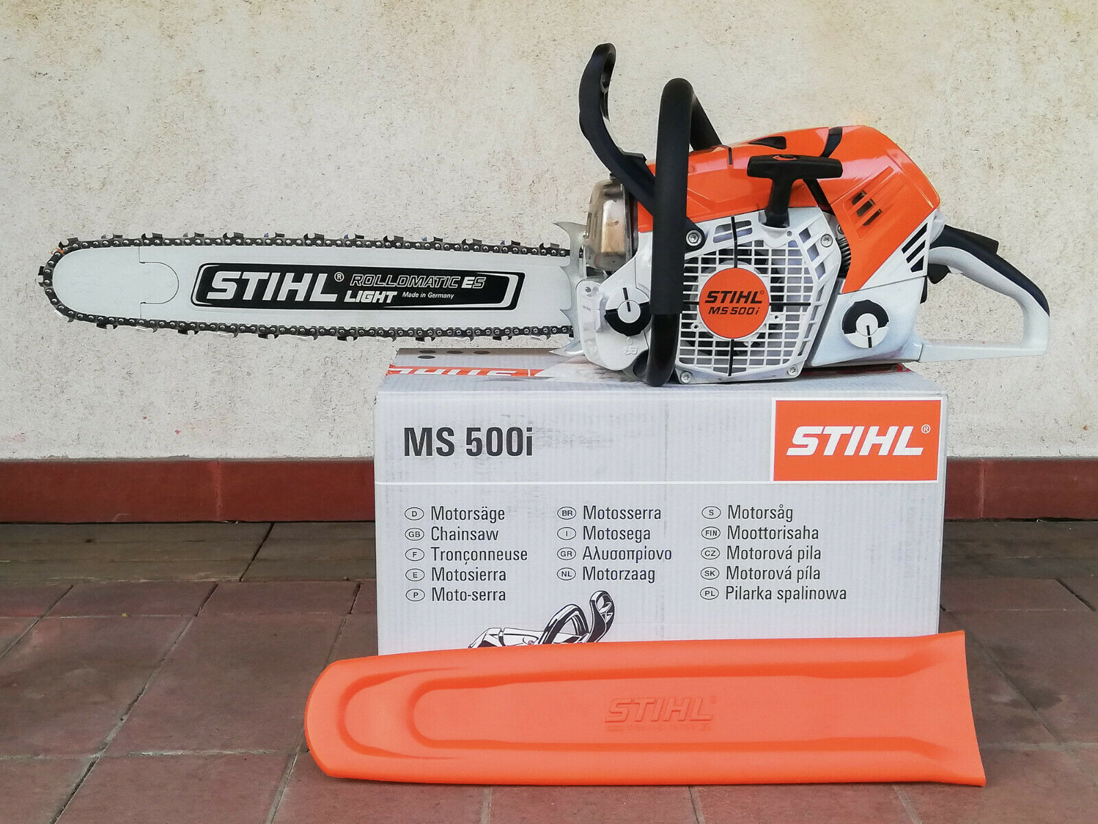 BRAND NEW ORIGINAL STIHL MS500i FUEL INJECTED CHAINSAW WITH TOOLS AND COVER. Available Now for 1899.00
