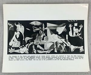 1949 ARTIST PABLO PICASSO POSED BY HIS PAINTINGS 8X10 PHOTO FATHER OF MODERN ART
