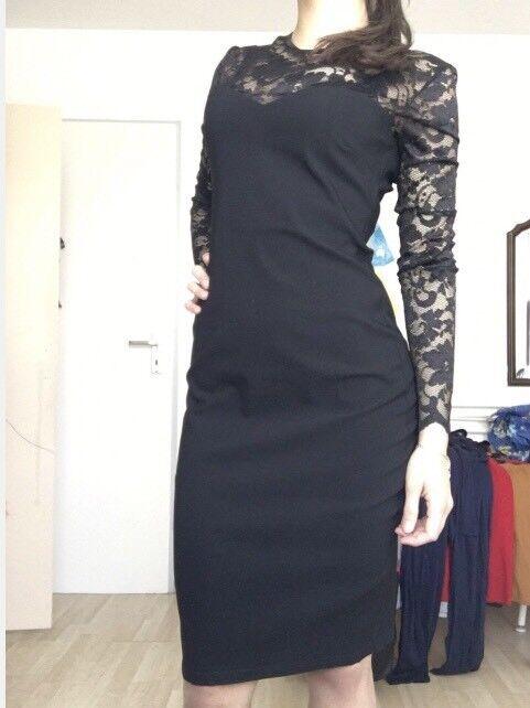 Kleid mit Spitze und langen Ärmel Gr.38