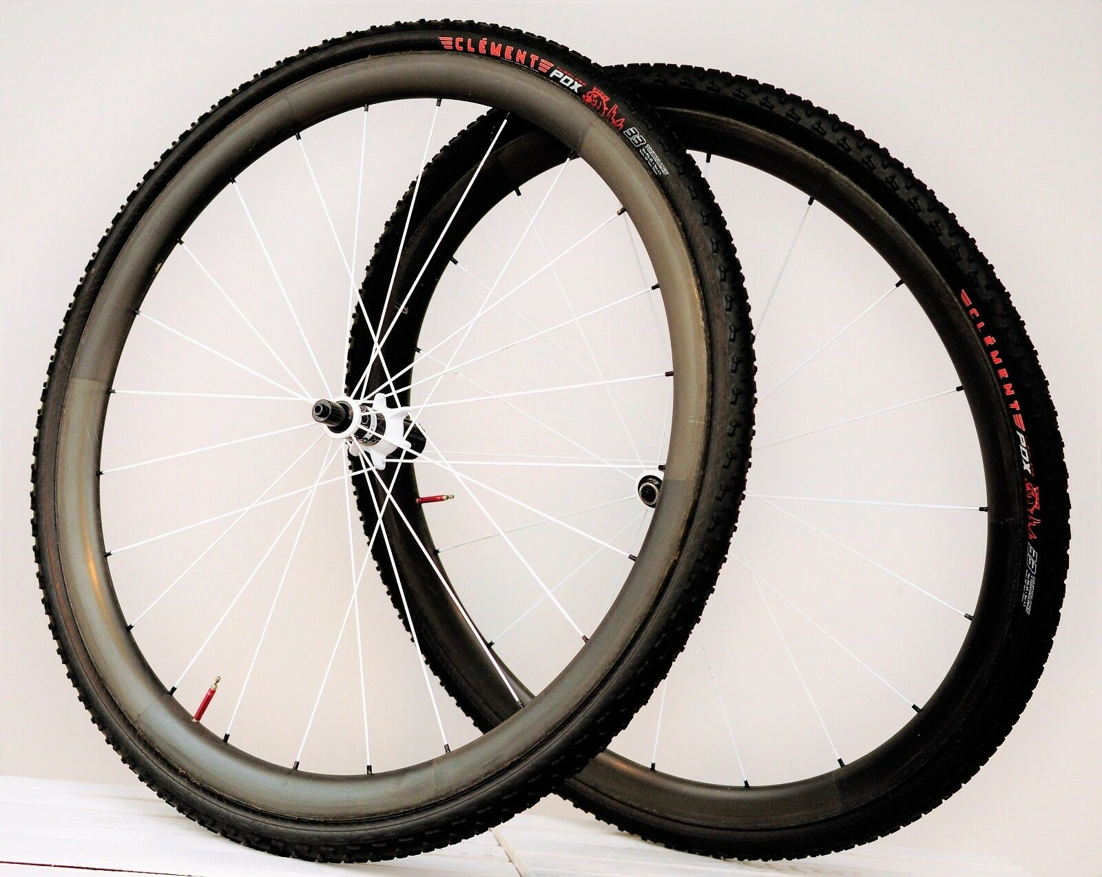 Bontrager Aeolus 3 Tubular Carbon Wheelset - 11-Speed Cyclocross Clement PDX