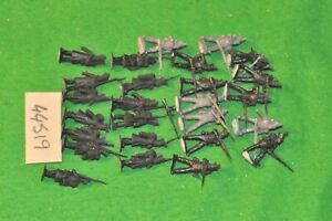 28mm-napoleonic-french-26-plastic-figs-unpainted-infantry-44519