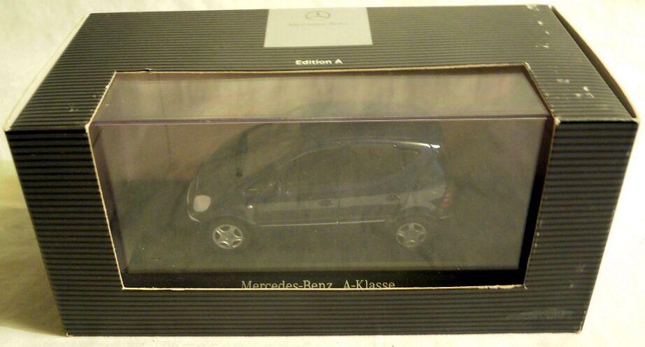 Mercedes-Benz B66961926  M-B A-Klasse von Herpa, Metallmodell in 1 43, NEU & OVP