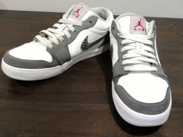 new arrival 0d33f 646be EUC Nike Air Jordan V.2 Low Top Cement Print Men's US 9 584794 Running Shoes