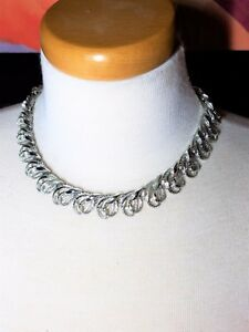 Gorgeous-Silver-Tone-Vintage-Necklace-Possibly-Coro-clasp