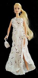 Jouets d'intégrité Bambola-poupée-poupee-poupee Janay Ami Giselle Ball Fashion Doll