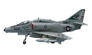 Hasegawa-1-72-US-Navy-A-4E-F-Skyhawk-Model-B9