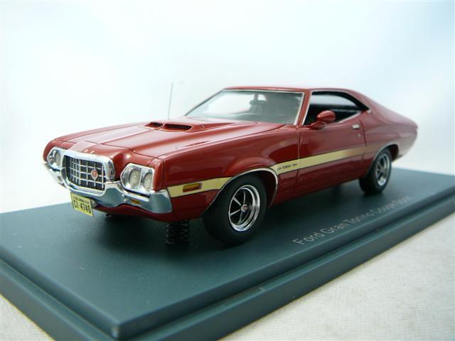 FORD Grand Torino Coupe röd 1972 1 43 NEO 44740