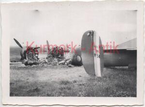 R733-Foto-Wehrmacht-Luftwaffe-Flugzeug-Beute-Bomber-Frankreich-Bloch-TOP-Nummer