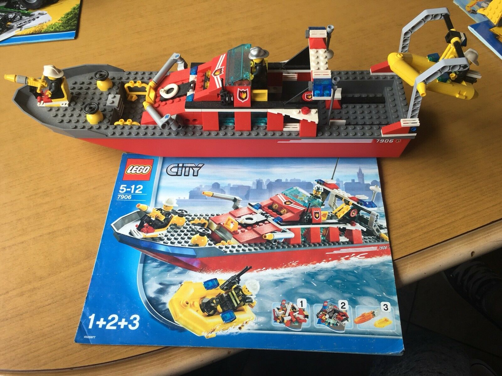 Lego City (7906) Fireboat, Excellent Condition.